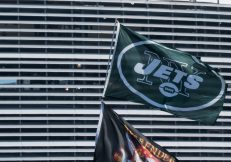 """Football news. Article: """"Farewell, Jets: Le'Veon Bell Is In Search Of A New Team"""""""