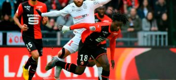 Rennes French midfielder Eduardo Camavinga (R) vies with Montpelliers French midfielder Teji Savanier (C) during the French L1 football match between Stade Rennais Football Club and Montpellier Herault SC at the Roazhon Park, in Rennes, northwestern France, on March 8, 2020.
